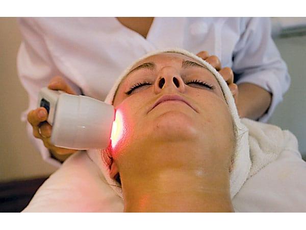 Цены на лазерное лечение акне